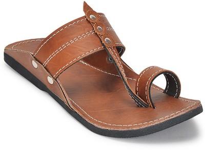 Paduki Men Tan1 Sandals at flipkart