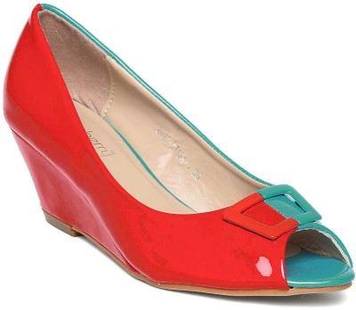 Dressberry Women Green Wedges at flipkart