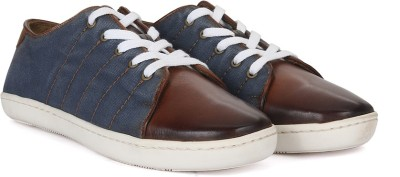 WROGN Genuine Leather Sneakers(Navy) at flipkart