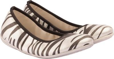 https://rukminim1.flixcart.com/image/400/400/shoe/3/d/f/silver-2014g-141-vaph-girl-27-original-imae2ehzaq9cshhr.jpeg?q=90
