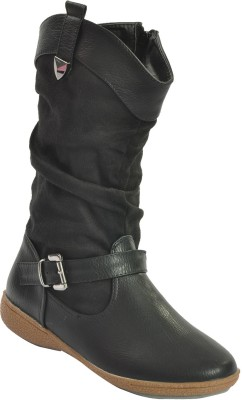 Shuberry Boots(Black) at flipkart