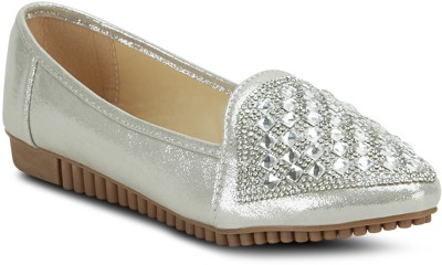 Get Glamr Stylish Casual Shoes For Women(Silver)