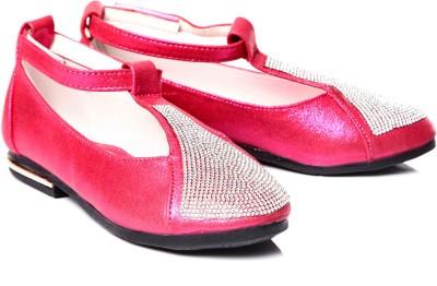 https://rukminim1.flixcart.com/image/400/400/shoe/5/8/q/red-tfc51-trilokani-31-original-imae6bmzzyzxrfsz.jpeg?q=90