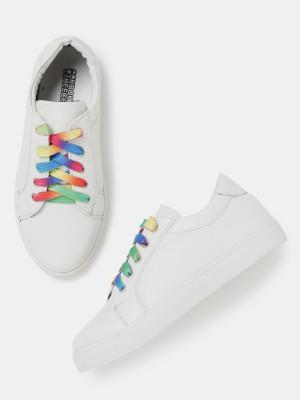 Kook N Keech Sneakers(White) at flipkart