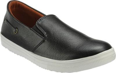 Zachho Latest Fashion Loafers(Black, Red) at flipkart