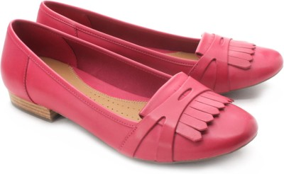 Clarks Henderson Bay Bellies(Pink) at flipkart