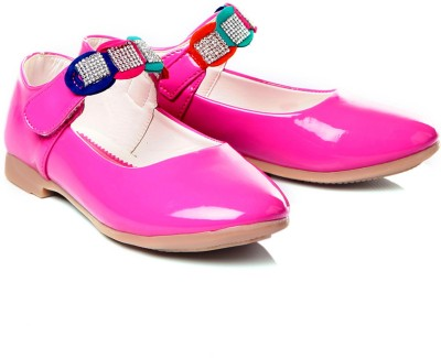 https://rukminim1.flixcart.com/image/400/400/shoe/c/9/p/pink-tfc54-trilokani-30-original-imae6bmzahtygubh.jpeg?q=90