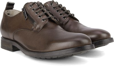 Diesel D-LOWYY - shoes Lace up For Men(Brown) at flipkart