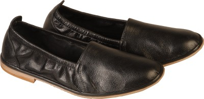 https://rukminim1.flixcart.com/image/400/400/shoe/d/g/6/black-rialto-267-rialto-44-original-imae46ytna35reus.jpeg?q=90