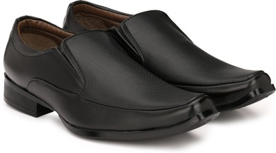 Sir Corbett Slip On For Men(Black) at flipkart
