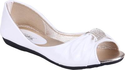 Goyal White Open Toe Bellies For Women(White)