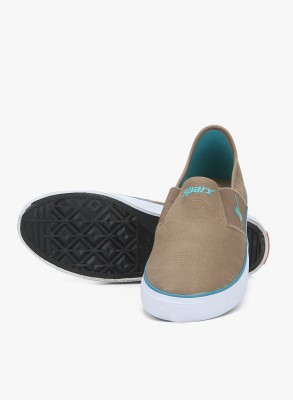 Sparx SM-214 Canvas Shoes For Men(Brown) at flipkart