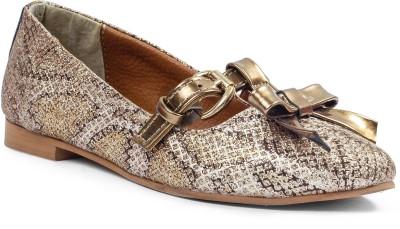 https://rukminim1.flixcart.com/image/400/400/shoe/n/c/f/gold-ba-shimmer-flori-2-original-imae6zzdqhrgmnbr.jpeg?q=90