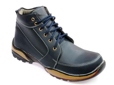 0063f47111f3 65% OFF on Vedano Boots For Men(Navy) on Flipkart