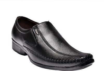 Prolific Sacla Slip On Shoes For Men(Black)