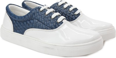 Knotty Derby Sneakers For Women(Blue) at flipkart