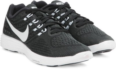 Nike LUNARTEMPO Running Shoes For Men(Black, White) 1