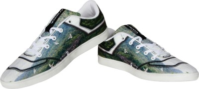 Nivia Quake Canvas Shoes(Green, Black) at flipkart