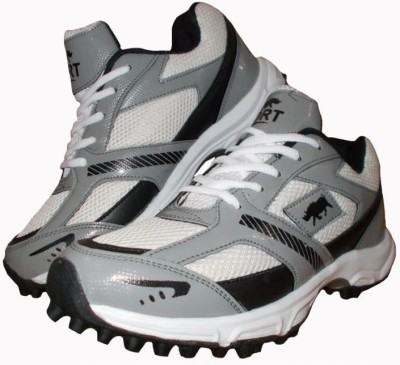 Port Player Art 136 Cricket Shoes For Men(White)