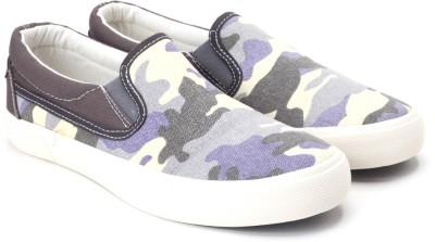 Lotto Canvas Shoes(Beige, Grey) at flipkart