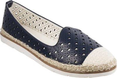 Metro Stylish Bellies(Blue, Navy) at flipkart