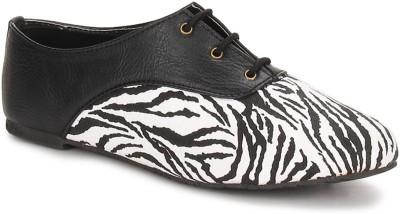 Chalk Studio Chalk Studio Zeb Oxford Casual Shoes Casuals For Women(Black)