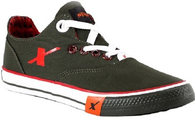 Sparx Canvas Shoes For Men(Olive) at flipkart