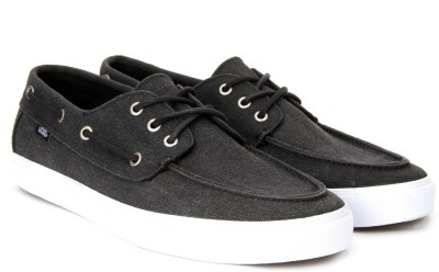 d04f0f4172 65% OFF on Vans CHAUFFEUR SF Boat Shoes For Men(Black) on Flipkart ...