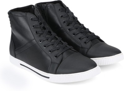 Kenneth Cole Outdoor For Men(Black) at flipkart