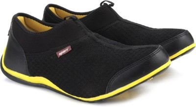 Sparx Men Walking Shoes(Black) at flipkart