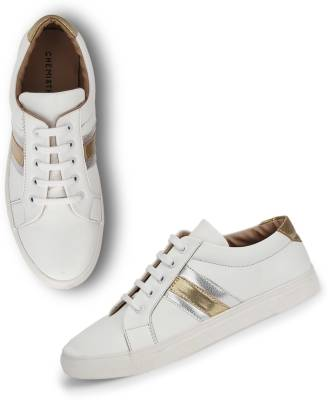 Chemistry White Basic Sneakers