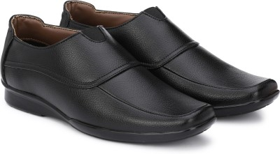 https://rukminim1.flixcart.com/image/400/400/shoe/x/g/d/black-fm1241-prolific-6-original-imaemkdqhysbq3gp.jpeg?q=90