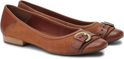 Clarks Henderson Ice Bellies(Tan) at flipkart
