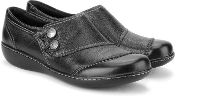 Clarks Embrace Charm Women Formal Shoe(Black) at flipkart