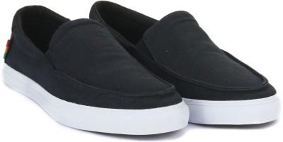 VANS BALI SF Loafers(Black) at flipkart