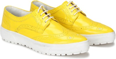 Knotty Derby Alice Brogue Casuals For Women(Yellow)