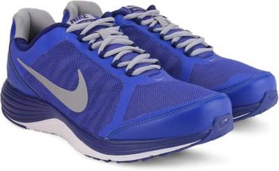 Nike REVOLVE 2 Running Shoes For Men(Silver, Grey) 1