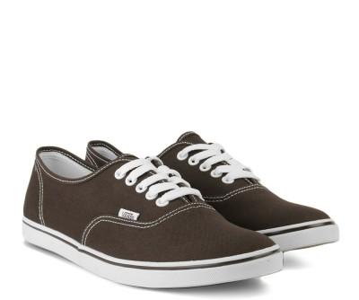 7fa960a07e0 43% OFF on VANS AUTHENTIC LO PRO Men Sneakers(Brown) on Flipkart ...