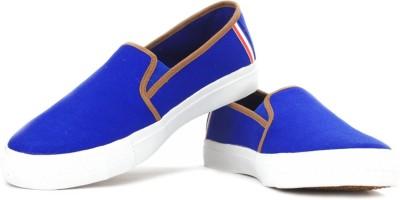 868149ed2af Fila FELIX Canvas ShoesMulticolor Fila Casual Shoes available at  Flipkart for Rs.999