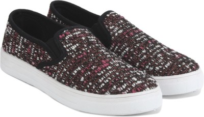 QUPID Sneakers(Multicolor) at flipkart