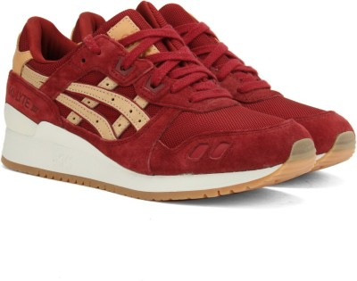 Asics TIGER GEL-LYTE III Sneakers(Maroon) at flipkart
