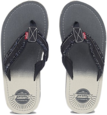 Levi's Tehachapi Sunset Flip Flops at flipkart