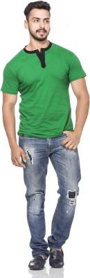 Demokrazy Solid Men's Henley Green T-Shirt