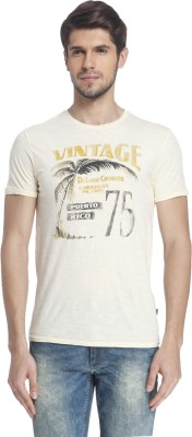 Jack & Jones Printed Men Round or Crew Yellow T-Shirt at flipkart