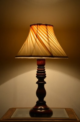 Yashasvi Decor Table Lamp(40.64 cm, Cream) at flipkart