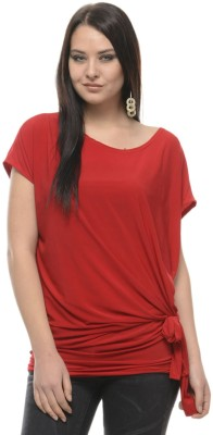 Mayra Casual Regular Sleeve Solid Women Red Top at flipkart