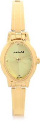 Sonata 8100YM02 Analog Watch