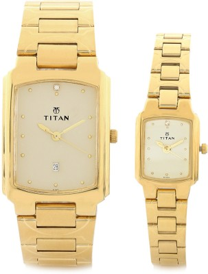 Titan 19552955YM02 Bandhan Analog Watch For Couple