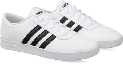 adidas white tennis shoes mens