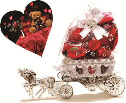 Skylofts Horse Decoration Piece with love heart valentines combo Chocolate Bars